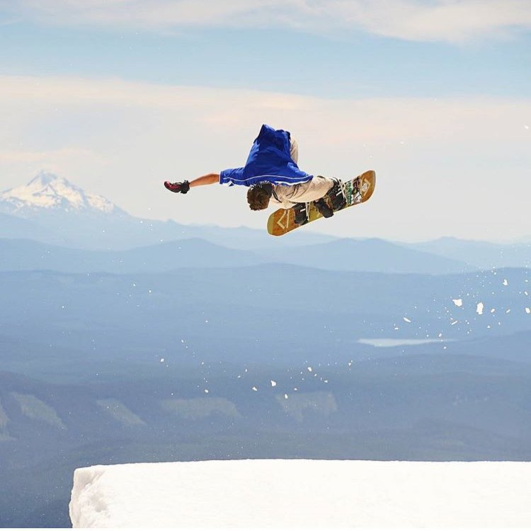 #AV7Renegade @jah_he getting sideways in the summer slush. #avalon7 #liveactivated #snowboarding www.avalon7.co