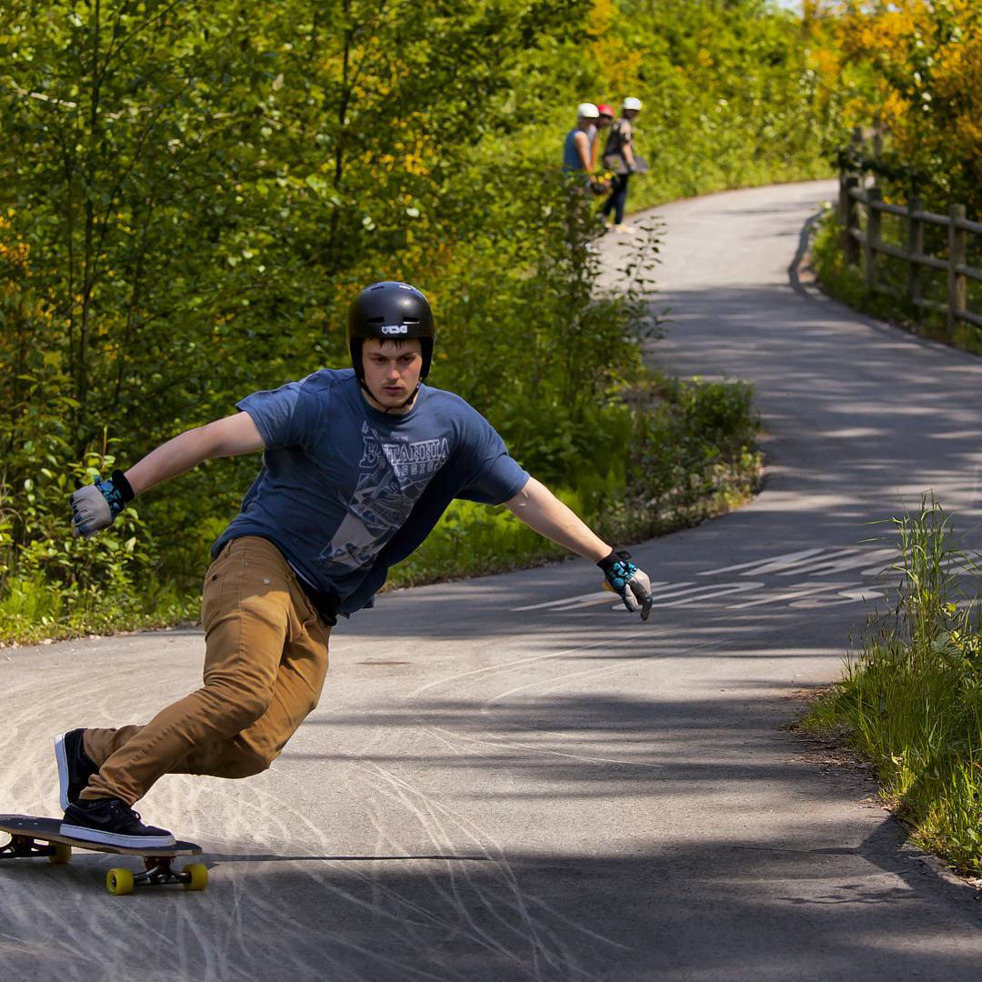 #tbt to @joshmaceachern cruising and scrubbing through a narrow path a couple weeks back at the #flatspothighwayjam