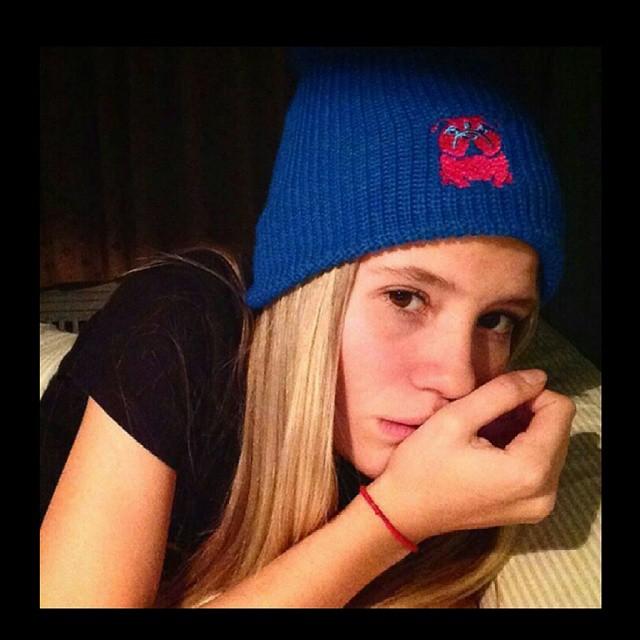 TREMENDO!! También se sumó @martufadanelli al #UglyKookyTeam con su #BlueBeanie que la está acompañando en estos días fríos !! Que esperan para sumarse ustedes ?!