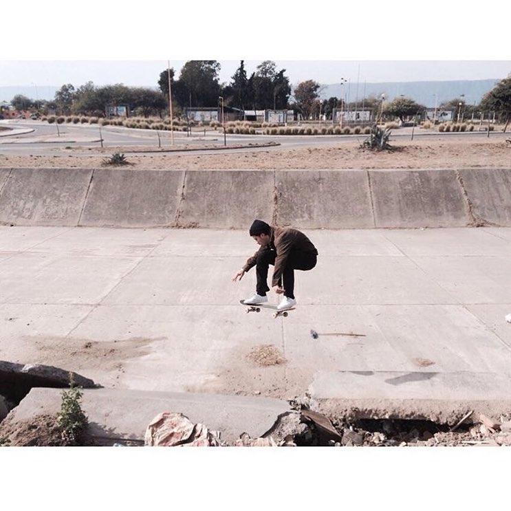 El inigualable paisaje de #Catamarca #Argentina y la habilidad de Santi Rossi @santiagorossi desplegada en Parque de los Niños. #RealLifeshappening #TrueToThis