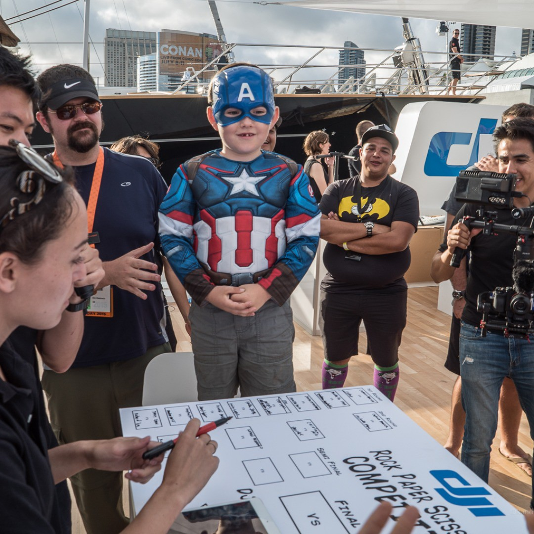 Go #CaptainAmerica!  Don't forget to visit #DJI at #SDCC to so much more than just flying! From creating your comic, picking up the exclusive edition of #Marvel #Ironman to playing with VR goggles, you really don't want to miss out.  More info:...