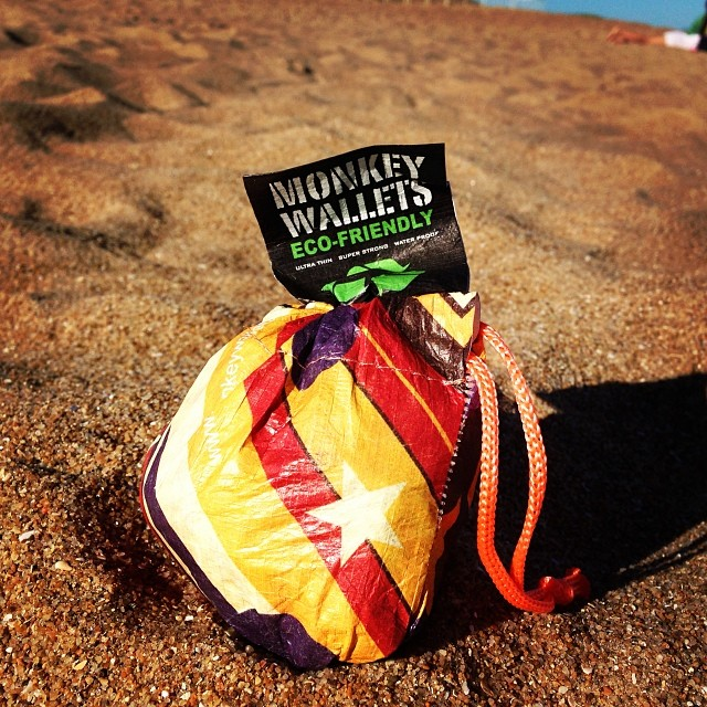 #monkeywallets #tyvek #puntadeleste #verano2014 #summer @monkeywallets