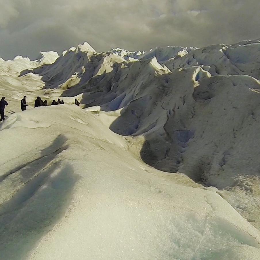 Una experiencia unica... poder realizar un mini trekking sobre el glaciar perito moreno. Una creacion unica y tan imponente.  #trekking #gopro3 #adventure #peritomoreno #glaciar #glacier #santacruz #onlyinsouthamerica #estaes_america #ig_worldclub...
