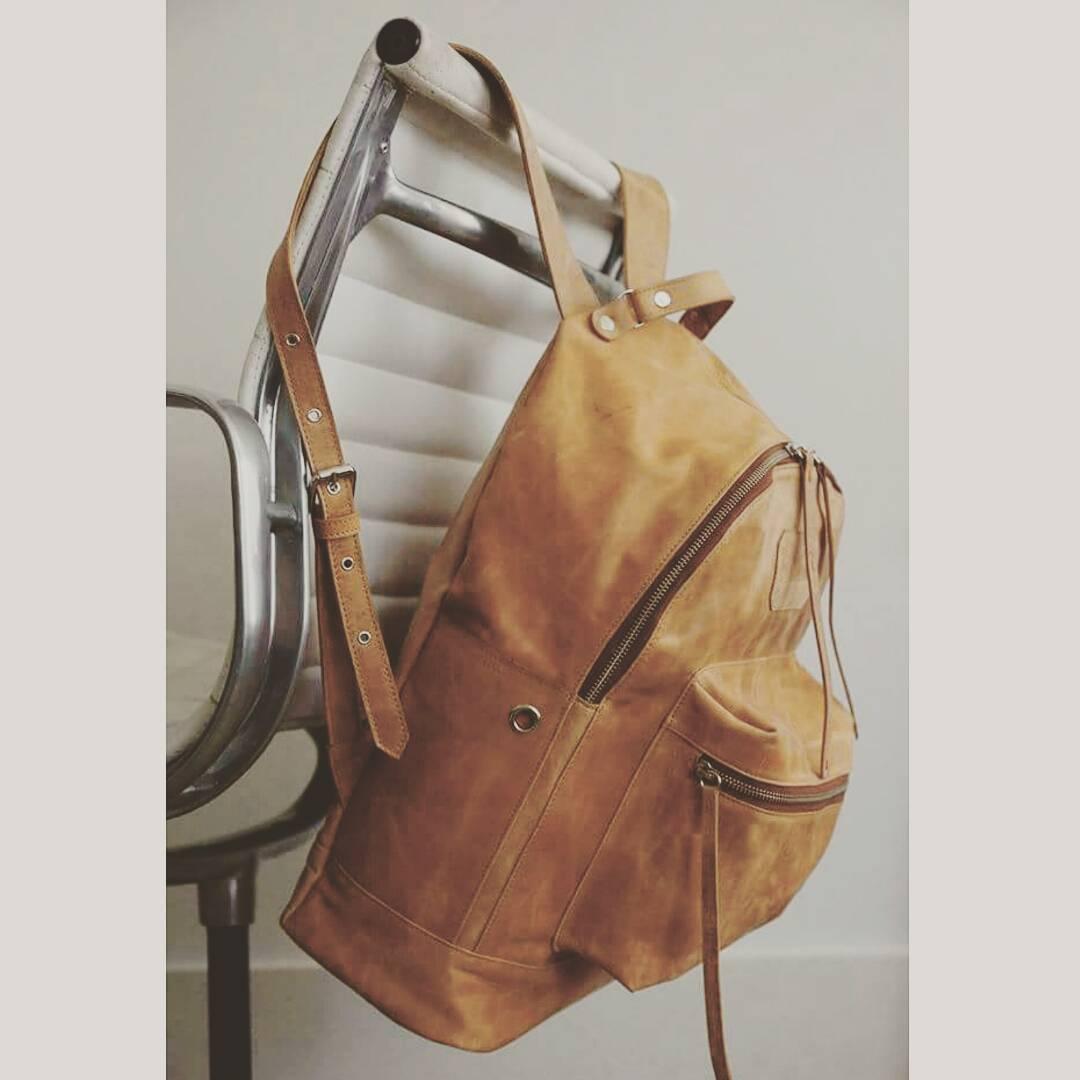 Navajas suela back in stock ! A partir del lunes en todos los puntos de venta. #mambobackpacks  #mambomochilas  #madeinbuenosaires