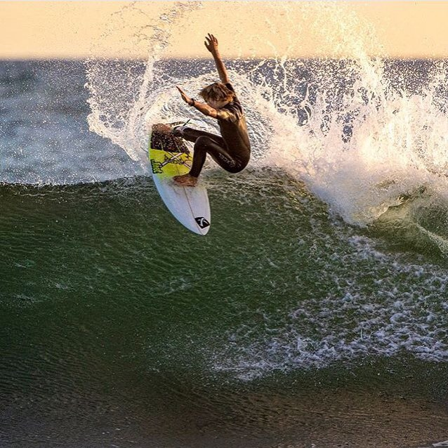 @davideconomos letting the fins fly at Lowers.