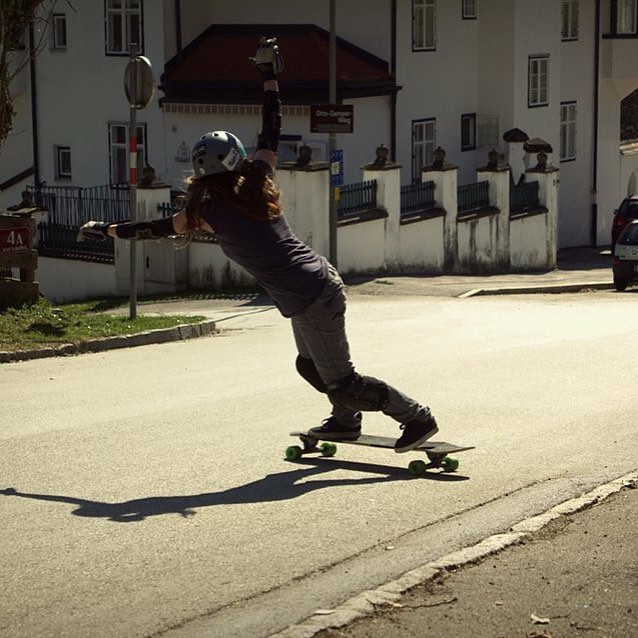 @lgcaustria & @iconelongboards rider @annapixner is boss.  Hope your weekend was fun!  #longboardgirlscrew #womensupportingwomen #girlswhoshred #skatelikeagirl #annapixner #iconelongboards #austria #lgcaustria