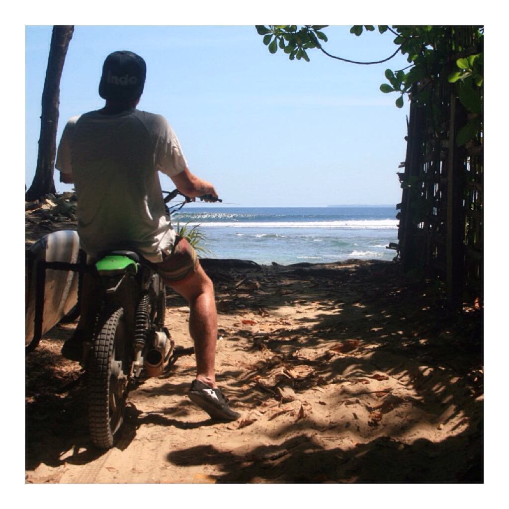 Surf check. ✔️ #Indolife #MotorbikeMonday #JJshoe #IndoHat #Indosole #TiresToSoles #SolesWithSoul