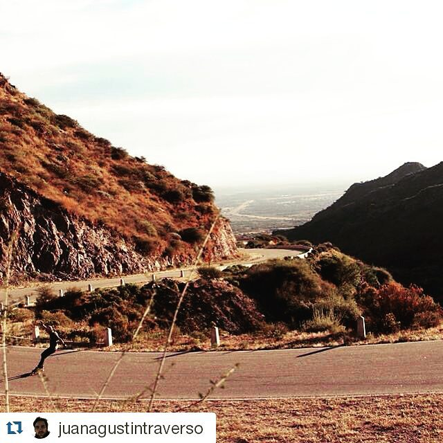 #Repost @juanagustintraverso  #sanluis #trip  Encontra todo lo que buscas en www.wikasport.com  #longboarding #longboard #teamwika #argentina #instagood #instalike #smile #cool #nice #amazing #happy #photo #life #friends #longboardday #longboardcrew...