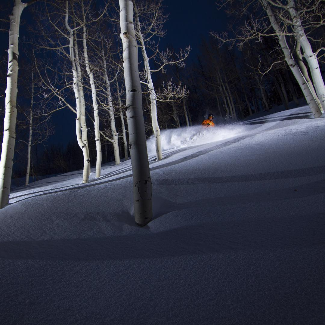 Flylow chum @lightpolecreative defining #selfie with his @altaskiarea night shot.  #nightpow