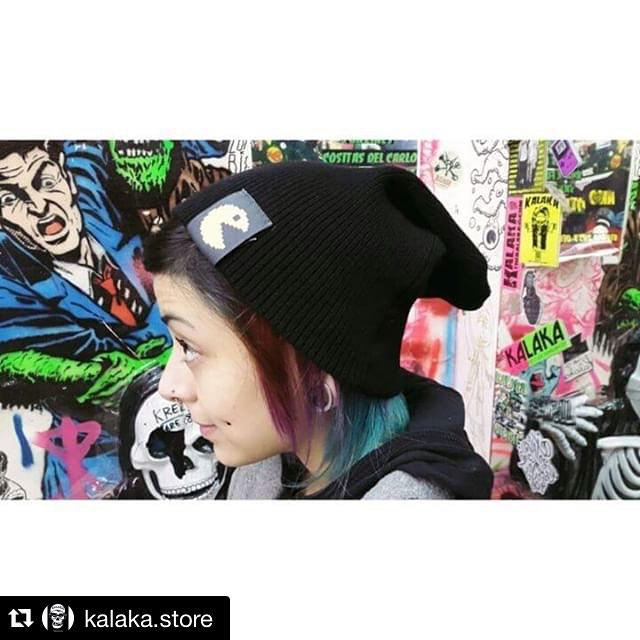 #Repost @kalaka.store with @repostapp. ・・・ NUEVOS #BEANIES #URBANROACH EN #KALAKA #KLK #BONDSTREET #TRASHSTORE #NEWARRIVAL #MATIASKALAKA #fashion #design #cool #look #photo #pacman #stamp #urbanlife