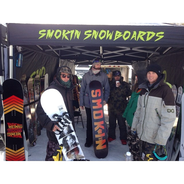 Demo day at Copper mountain. Boards are riding great ! #forridersbyriders #handmadelaketahoe #smOKin is OK!