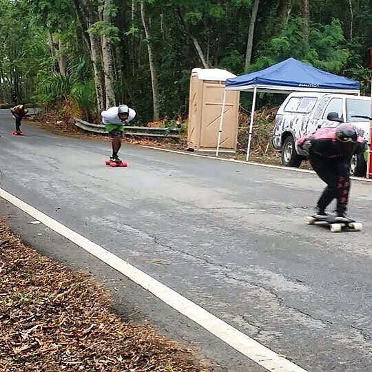 While some were racing in Norway over the weekend, others were racing a bit further south. Out front, @pangullvine_96 leads a run at the Rio Arriba Downhill Race in Puerto Rico. #divinewheelco #divinewheels