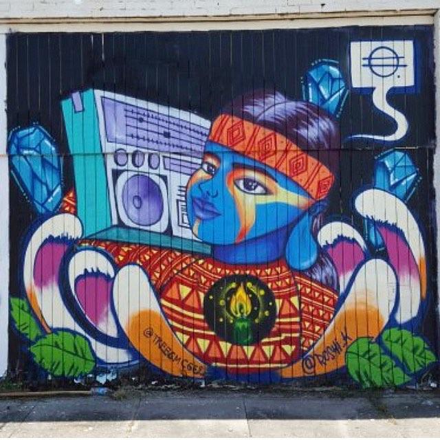 @roshi_k | @treesmcgee • • #mural #art #texas #tx #spratx #streetart
