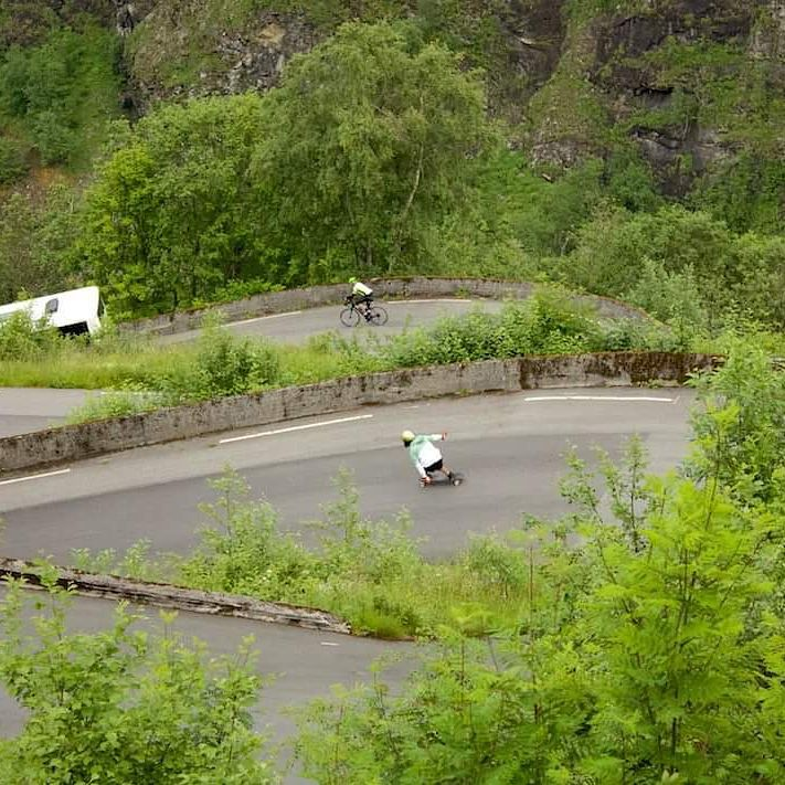 @niko_dh skated Voss,  the famous 13 hairpins one way down in Norway.  More photos coming soon!  Photo by Samuel Davignon  #restlessboards #restlessnkd
