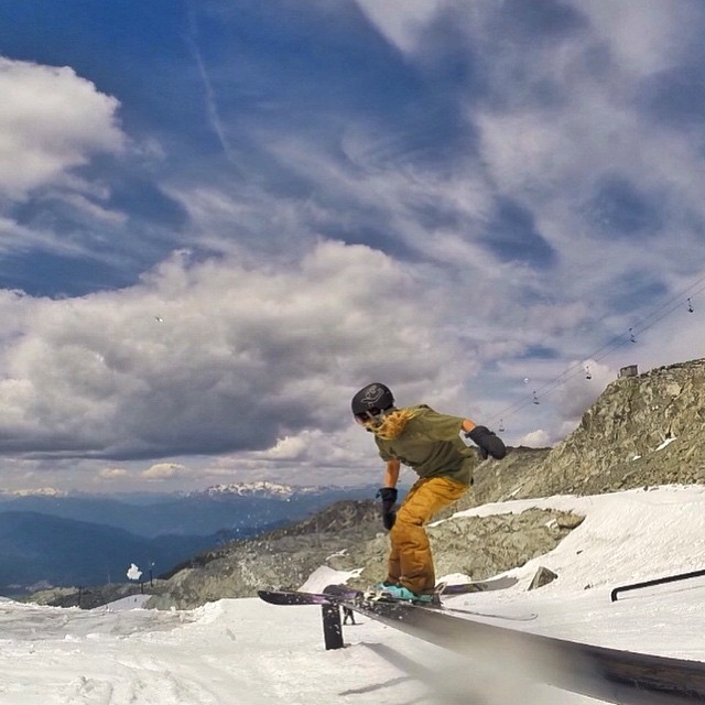 Summer skiing is still in full force @whistlerblackcomb ☀️ #xshelmets #summer #skiing #freeski #blackcomb #glacier #girlswhoshred #gopro