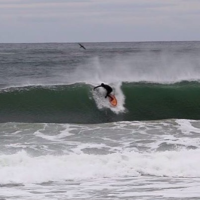 Primeras olas en Península Mitre - Tierra del Fuego.