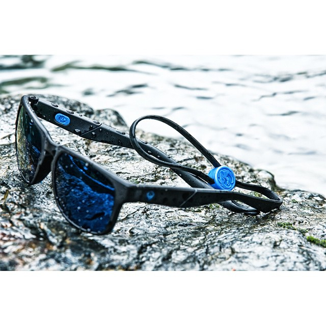 The SeafarerX are built to adapt to their aquatic environs. With an integrated Aqua Leash system and floatable frames they can withstand anything the ocean can throw at you. #DragonSeafarerX #AdaptiveTechnology #MadeForThis