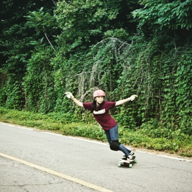 LGC Korea rider @pit_nara is an amazing dancer and a rad freerider. Yes!  Thanks for the photo @victors_boardshop!  #longboardgirlscrew #womensupportingwomen #skatelikeagirl #girlswhoshred #lgckorea #korea #victorsboardshop