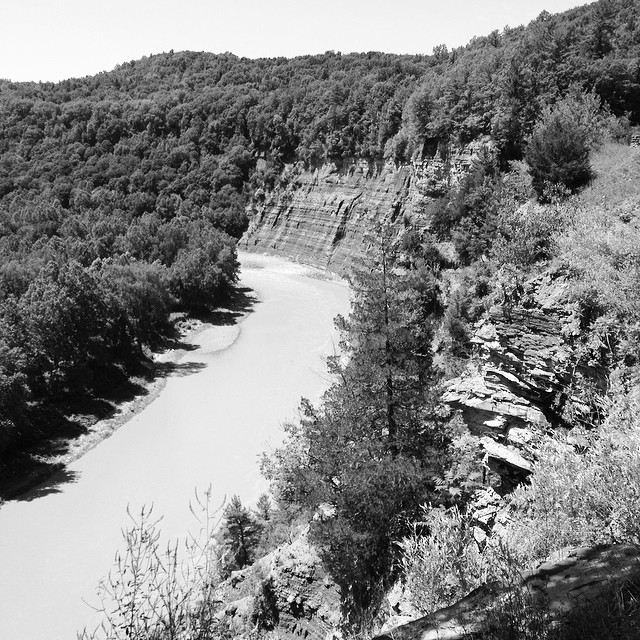 Exploring this week. #letchworth #statepark #newyork #upstateny #cliffs #wolfcreek #gennesee #river #teatablerock