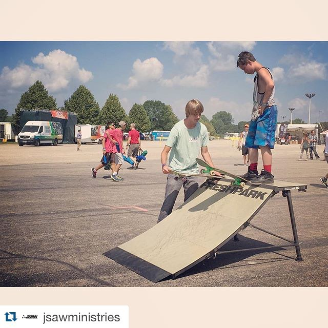 #Repost @jsawministries intern Caleb taught this boy how to drop in for the first time yesterday at #Lifest  It's a big moment in every skaters life... Taking risk, building trust and just going for it! #freshpark #ramp #skate