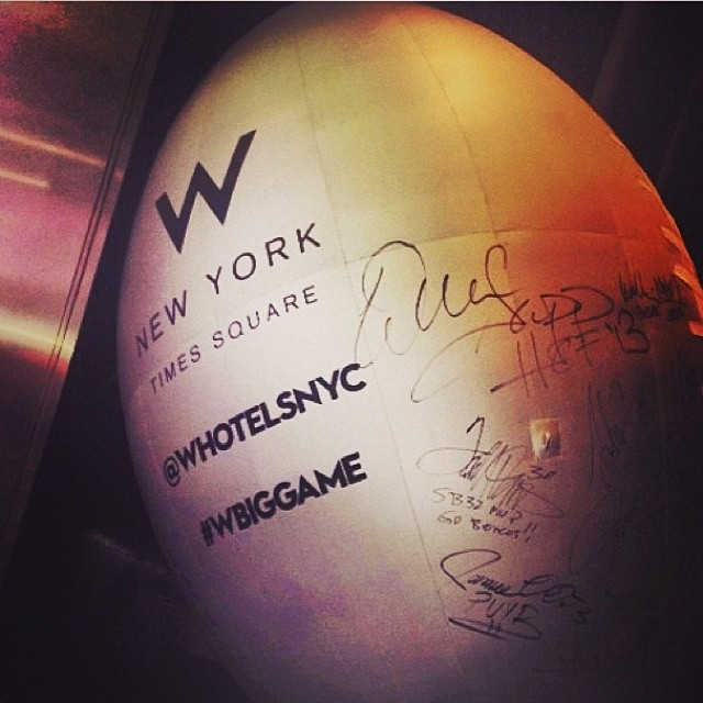 #regram BID NOW on this one-of-a-kind autographed ball -- All proceeds go to @stokedorg Signatures include Tom Brady, Terrell Davis and 20 other top players. Bidding starts at $200 and should be emailed directly to tanya.elm@whotels.com Bidding closes...
