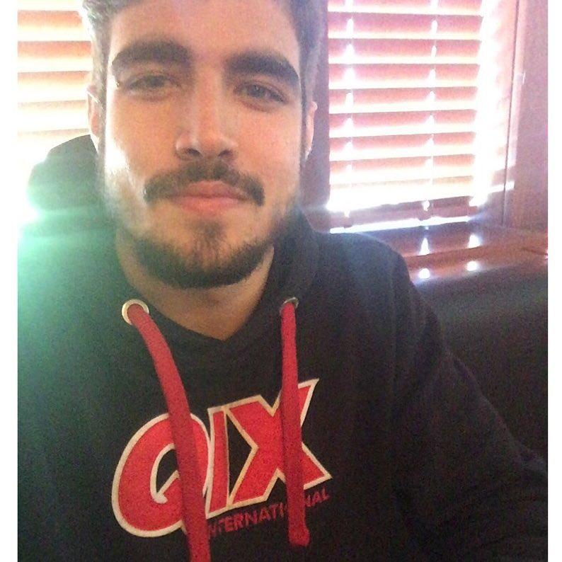 O ator @caiocastro também usa #QIX no rolê.