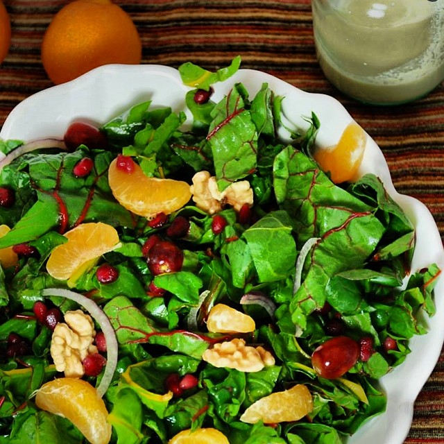 TASTY TUESDAYS // Swiss Chard Clementine Salad This delicious chard salad from our friends at @GoofyFootFoods is SO GOOD and so good for you!! Swiss chard is an amazing source of vitamin K, vitamin A, vitamin C, magnesium, copper, manganese, potassium,...