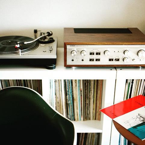 Tag a friend who has a nice music setup