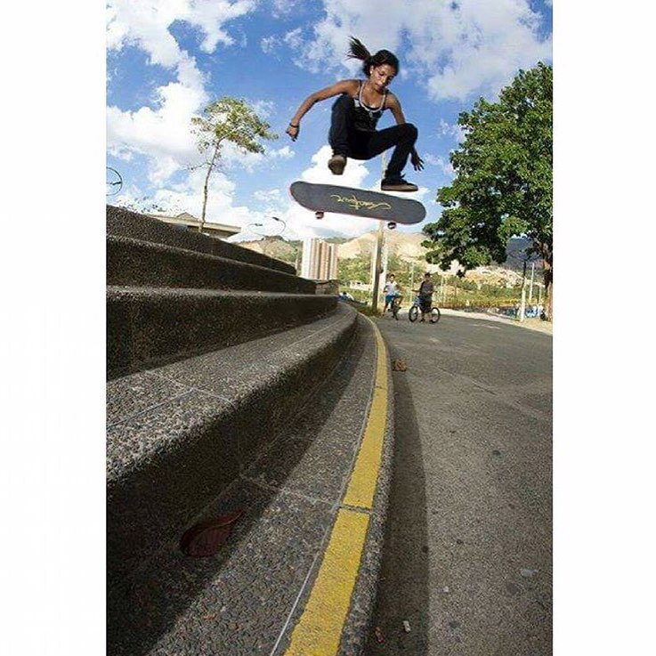 Whoa! Rad shot of @anacletarendon #ladiesofshred