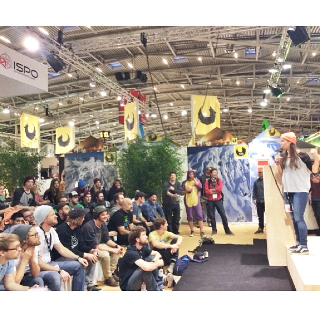 @valeriakechichian presenting the OPEN preview video to an all-star crowd during #Ispo2014 last week in Munich. Full ISPO story & photos now on www.longboardgirlscrew.com Go check it out! #freebooze #lgcopen  #boardsandparty Thanks for the photo...