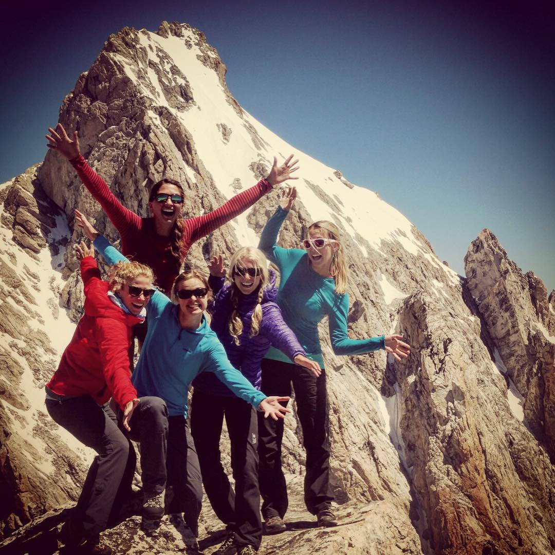 Lady party on top of the Middle Teton in Jackson Hole! @fifty.shades.of.purple @cristaaV @savcum @kellyhalpin #avalon7 #liveactivated #adventuregirls www.avalon7.co