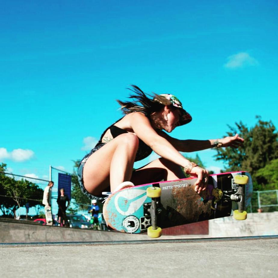 Another #ogbetty shredder @nataliekrishnadas @originalbettyskateco #skatepark  #revbalance #findyourbalance #skateboarding #supportyourriders #femaleshredders #thisgirl #thisgirltho #thisgirl #thisgirlcan #summertime #summer #summerriding
