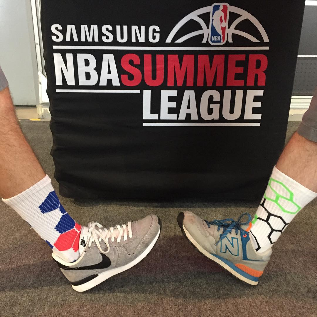 The #NBA #SummerLeague meets #NeonBandits #grabapair #hoops #vegas #buckets photocred @bbroad25