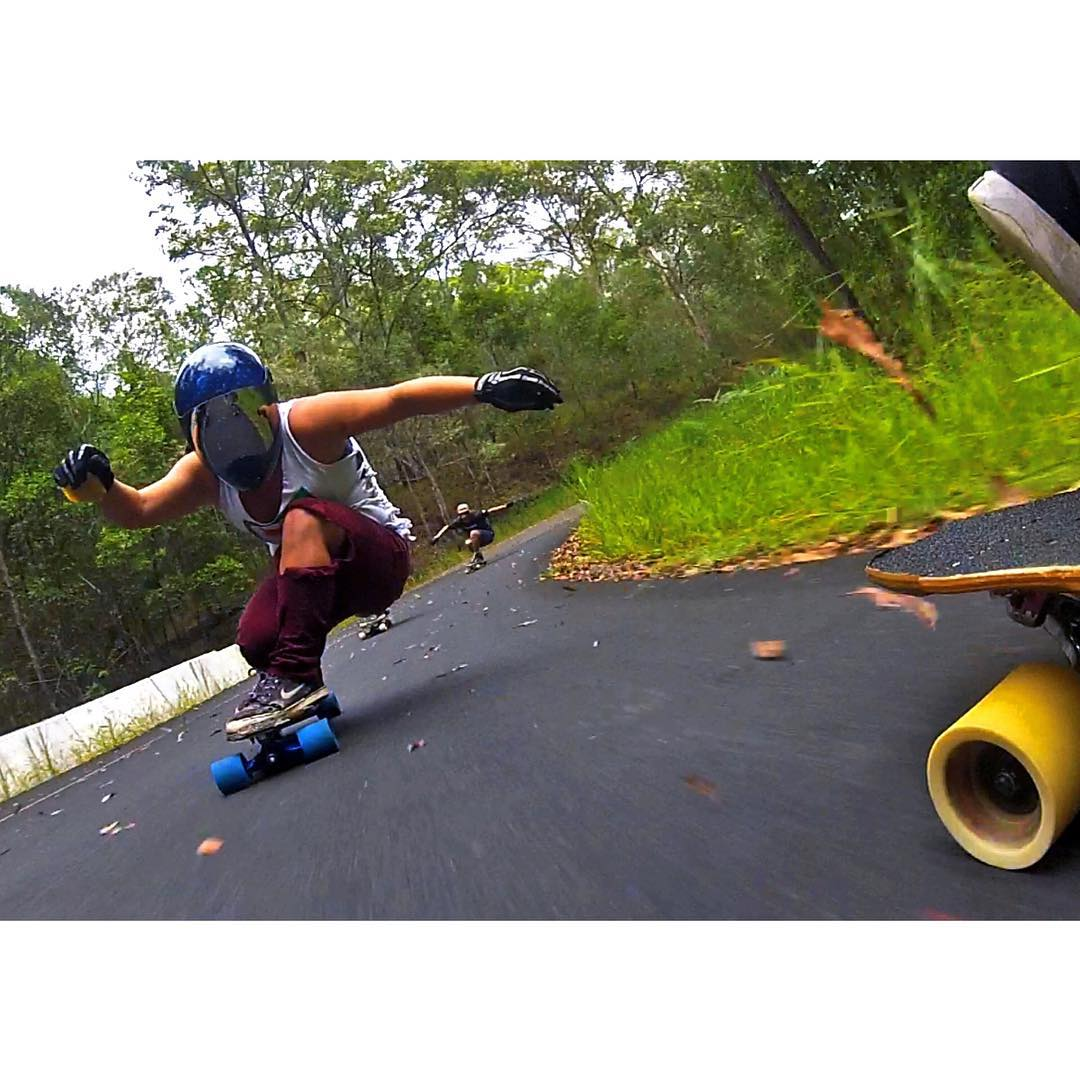 Go to longboardgirlscrew.com and check our girl, contributor & LGC USA ambassador @skatebagels new edit of her Australian session. She never stops!  Hope you all had a fun weekend xx  #longboardgirlscrew #womensupportingwomen #skatelikeagirl...