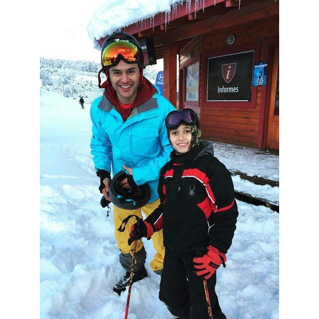 Me habría encontrado un ahijado esquiador <3 @cerro_chapelco, @jojilocat  #Chapelco #Godson #SanMartinDeLosAndes #Snow #Snowboard #FamilyTrip #Burton #ElectricG3
