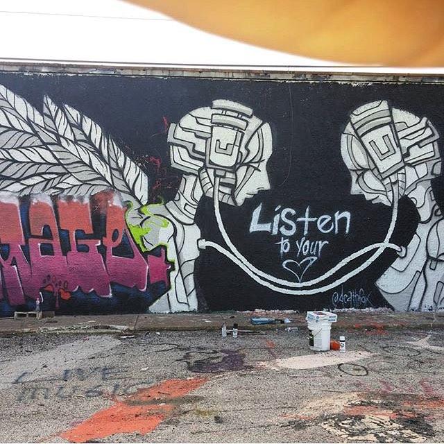 @deathfox • • Listen to your heart • • #Texas #TX #streetart #graffiti #mural #art #deathfox #spratx