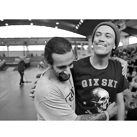 #DiadoAmigo  @rodrigoleal & @samuel_jimmy  #qixteam #qix #skate #skateboard #skateboarding #skateboardminhavida