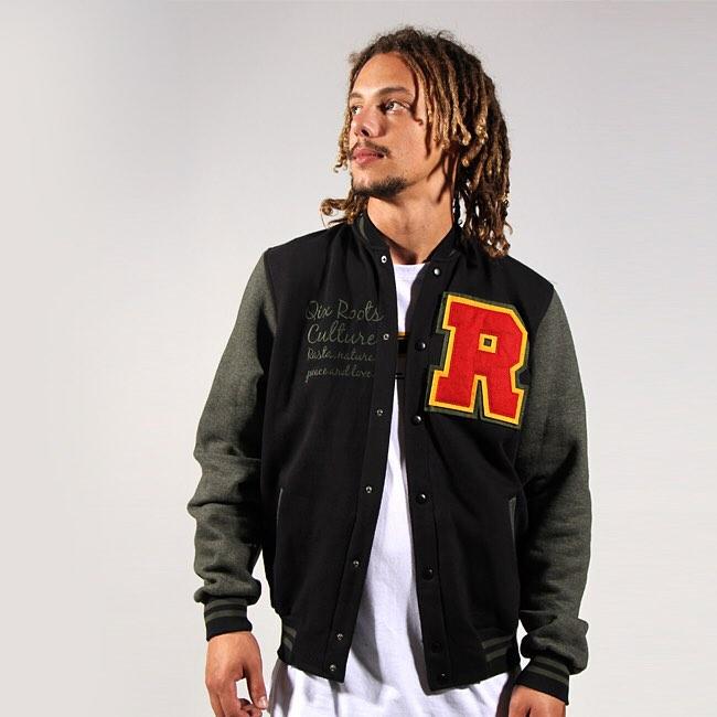 Tá curtindo a onda dos colleges? Então adquira o seu college Roots Culture na QIX SKATE SHOP. www.qixskateshop.com.br  #qix #roots #culture #jaqueta #inverno