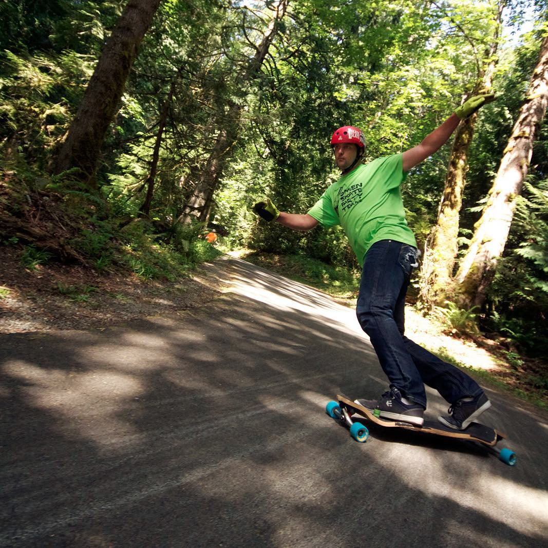 @bate_nackburn gets his big-man scrub slide on somewhere in the lush forests of the Pacific Northwest.