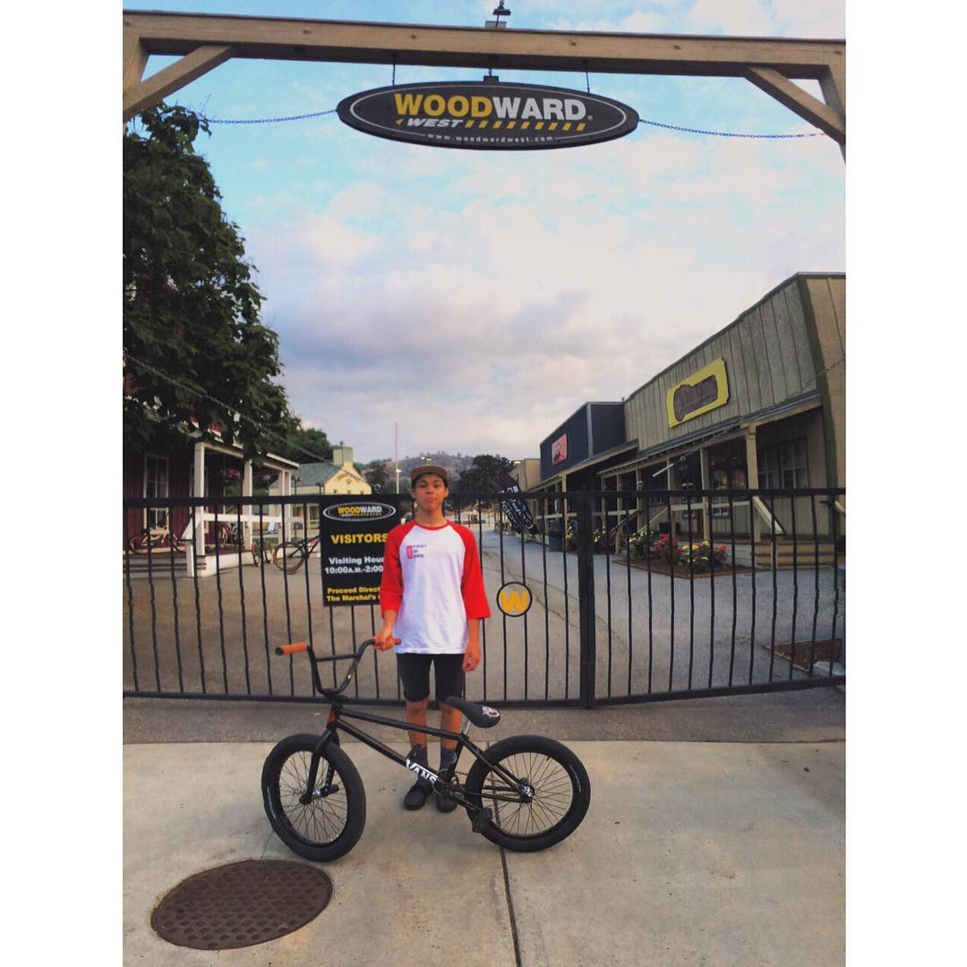 El pequeño gran @ikibmx llegó a Woodward West (California) para encarar una semana de entrenamiento intenso