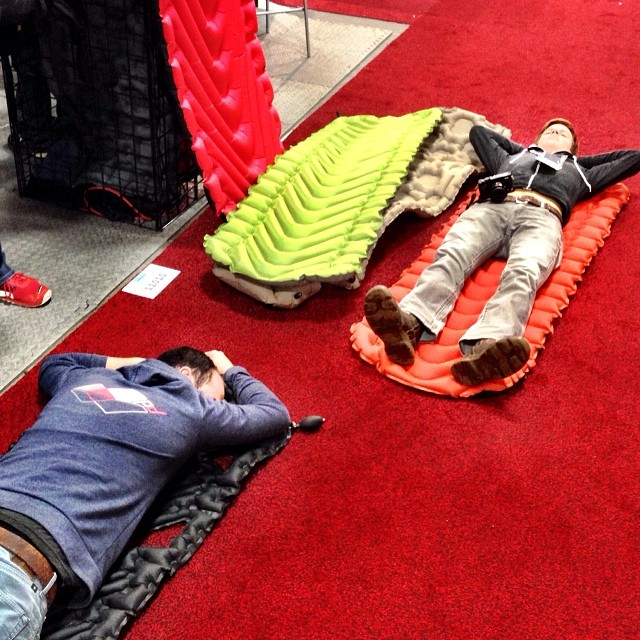 Luke and Dave testing out ultralight sleeping pads from #Klymit. Picked up a few. They're awesome. #orshow