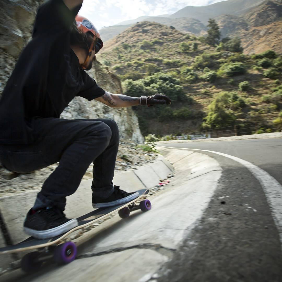 #LoadedAmbassador @elchupacabrass using every inch the road had to offer on his #Loaded #Overland  Photo: @chorolongboarding  #Peru #Orangatang #LoadedBoards #Purple #keanus