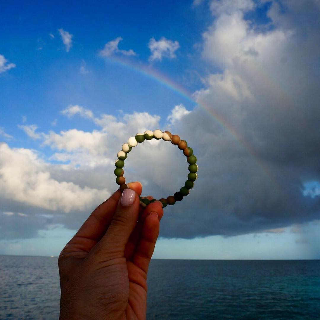 All you need is a sign #livelokai Thanks @misscindrich