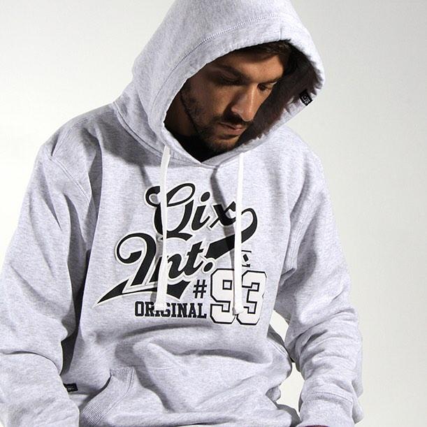 Moletom #QIX você encontra na QIX Skate Shop www.qixskateshop.com.br  Acessa lá e veja este e mais produtos! Em até 6x sem juros e com Frete Grátis para todo o Brasil em compras a partir de R$199,00.