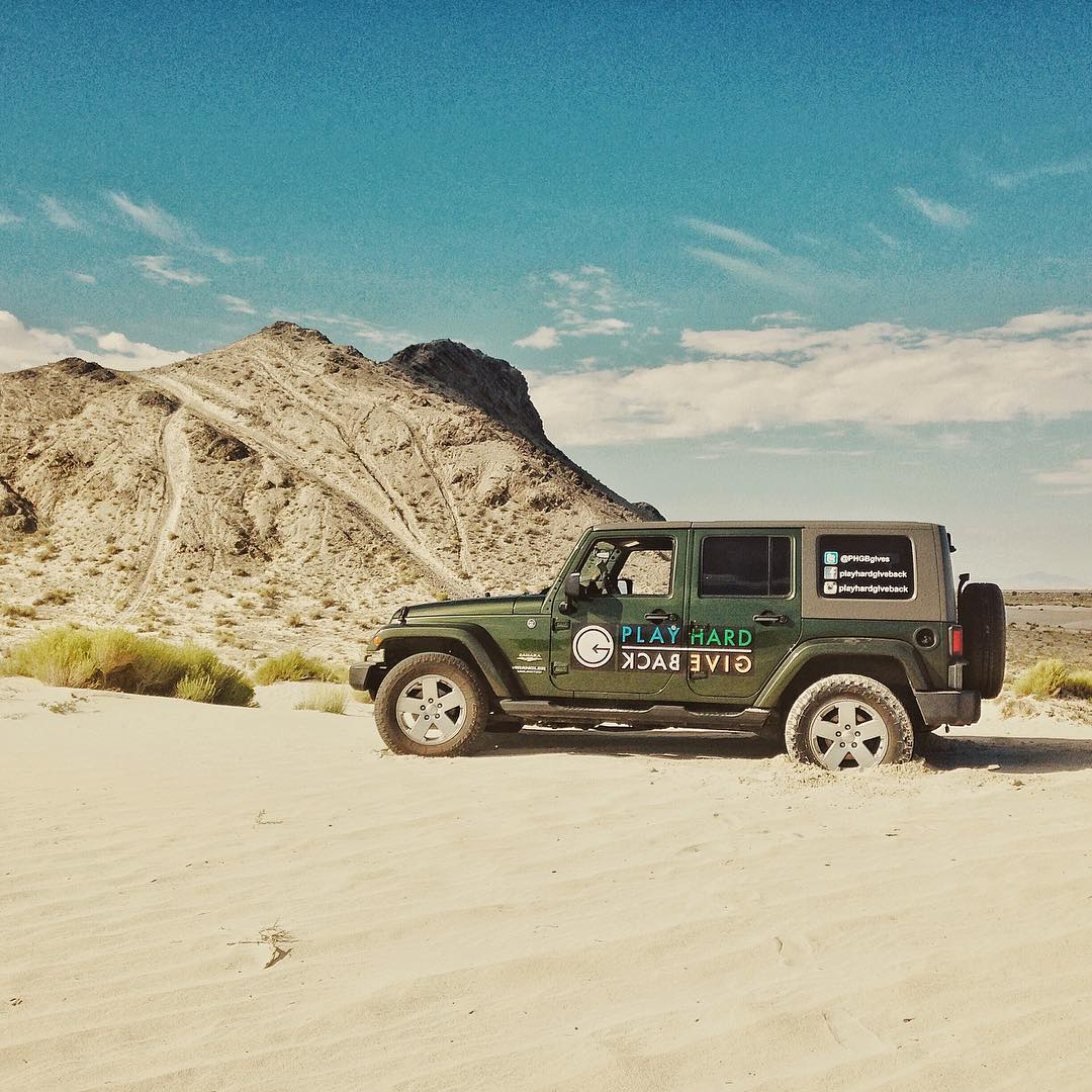 @ryrosseros getting a little western at the #sanddunes while on his road trip! Next stop is @tellurideva to explore the possibilities of being apart of their program. #PHGB