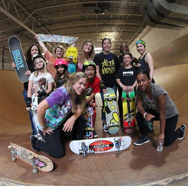 #tbt to an awesome GRO session in Michigan. Can't wait for our skate session and workshop tomorrow night!!! #ridetrue #ladiesofshred #girlsthatskate