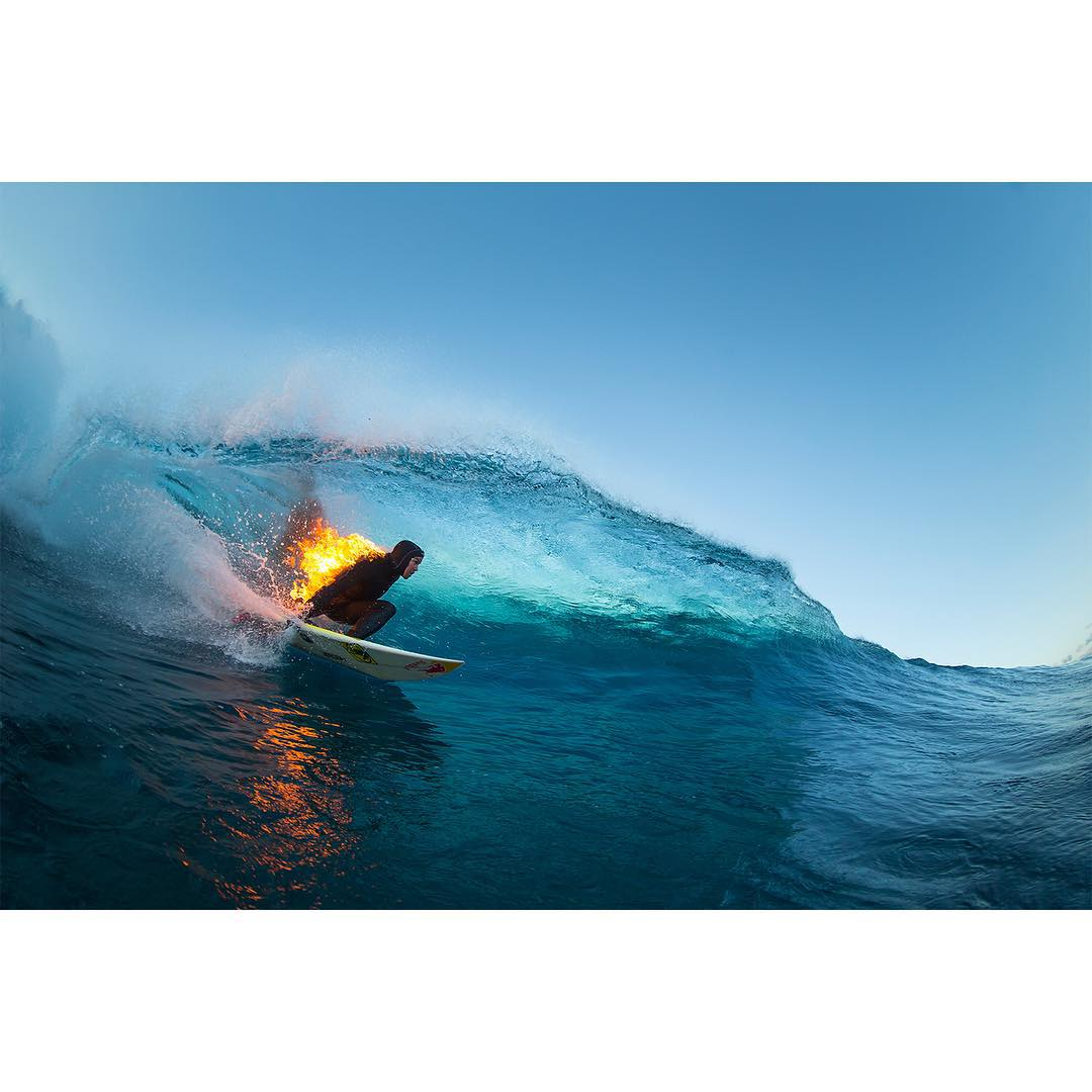 @whoisjob set himself on