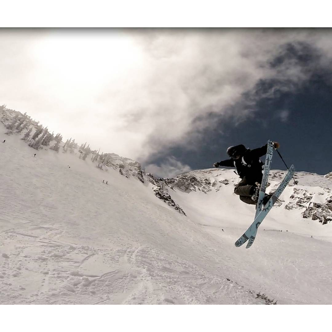 @calvinhawley showing off the bases of his carbon pow's on the wave. New website and preorders starting August 1st!