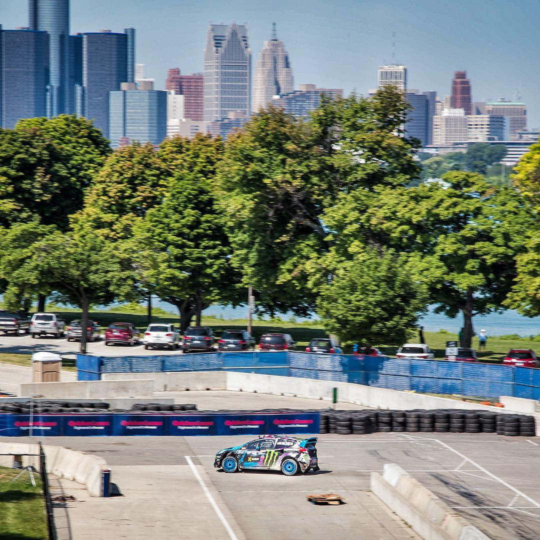 Did some #GlobalRallycross practice today with Motor City (Detroit) in the background. Pretty rad! Everyone's day got cut short due to some issues with the jump on course unfortunately, but the rest of the track is fast fun and challenging. There's not...