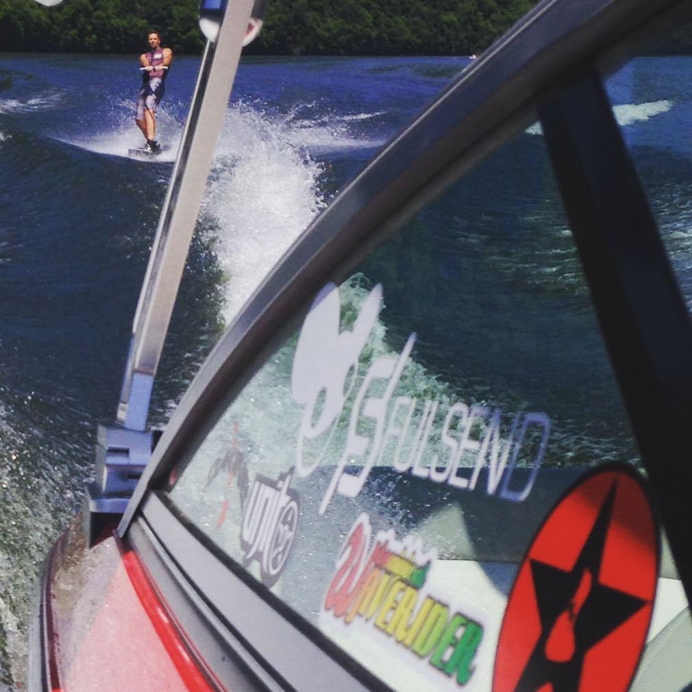 #lakelife #JustSendIt #wakeboard #mastercraft #blockisland #wakeboarding #hyperlite @ryehoff